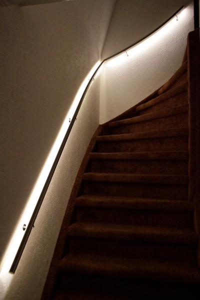 Roestvrijstalen trapleuning met LED-verlichting